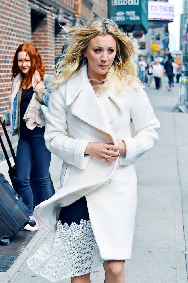 Kaley Cuoco – Arrives at The Colbert Report in New York