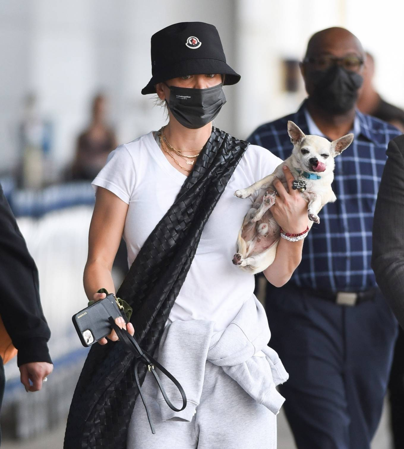 Kaley Cuoco 2021 : Kaley Cuoco – Arrives with her dog at JFK Airport in New York-05