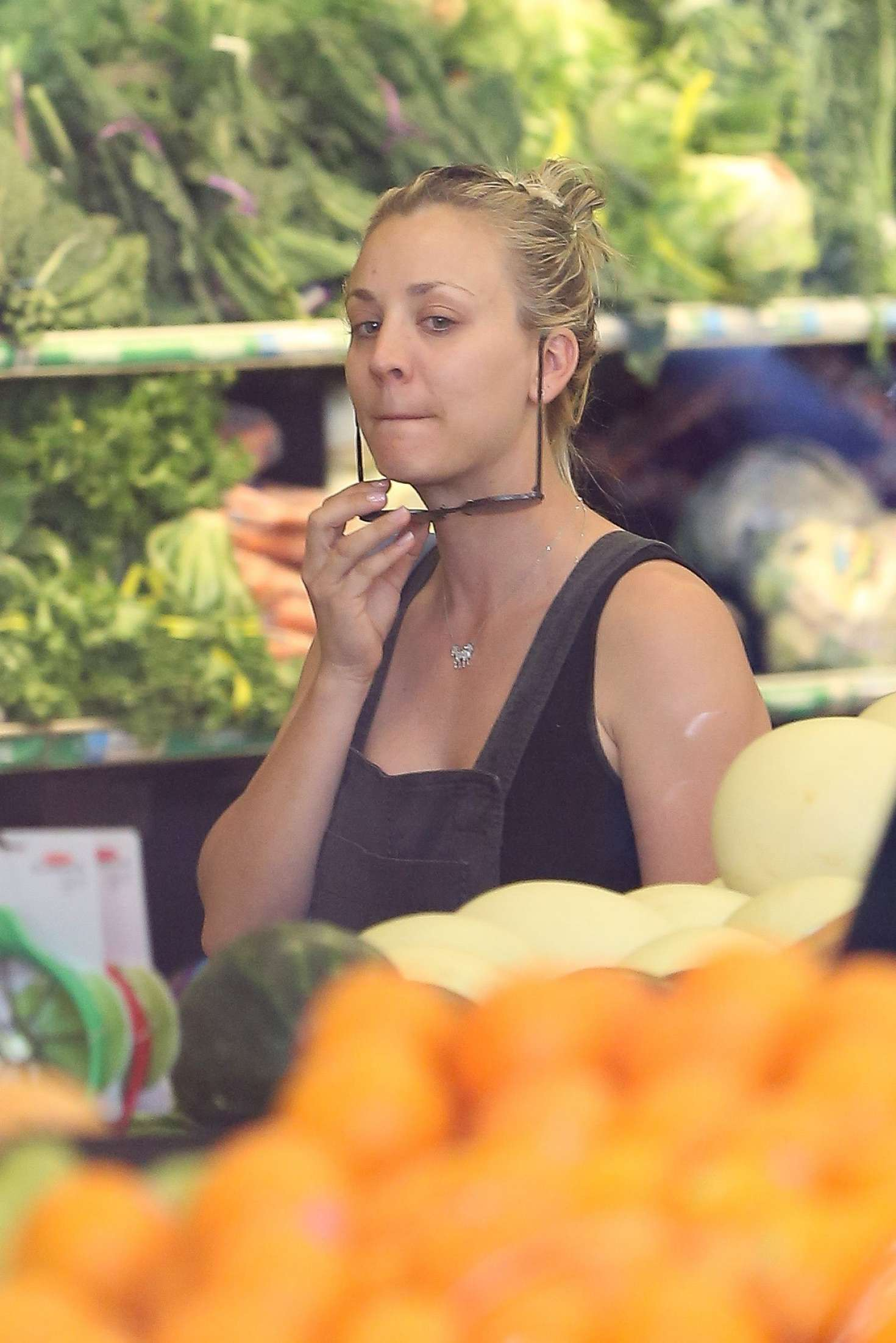 Miley Cyrus Whole Foods