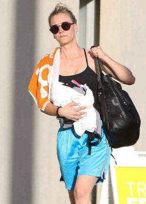 Kaley Cuoco - Hit the yoga class in Studio City