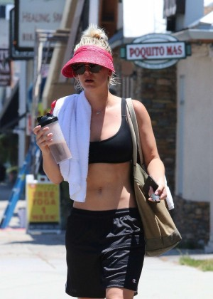 Kaley Cuoco in Tank Top Leaving a yoga class in LA