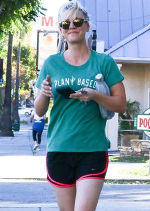 Kaley Cuoco - Leaving a Power Yoga class in Sherman Oaks