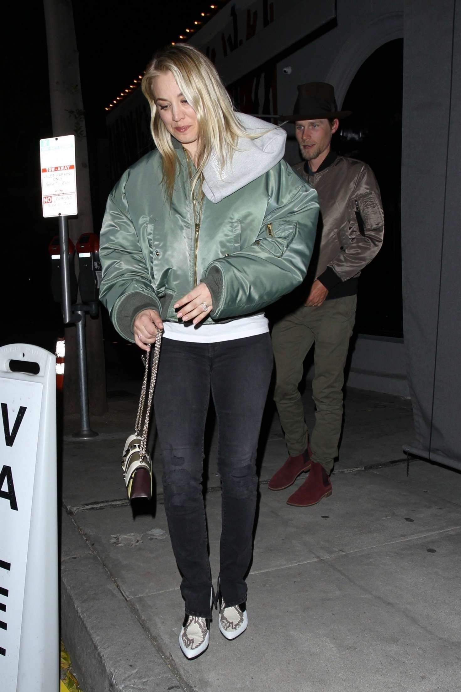 Kaley Cuoco - Leaving Craig's restaurant in West Hollywood
