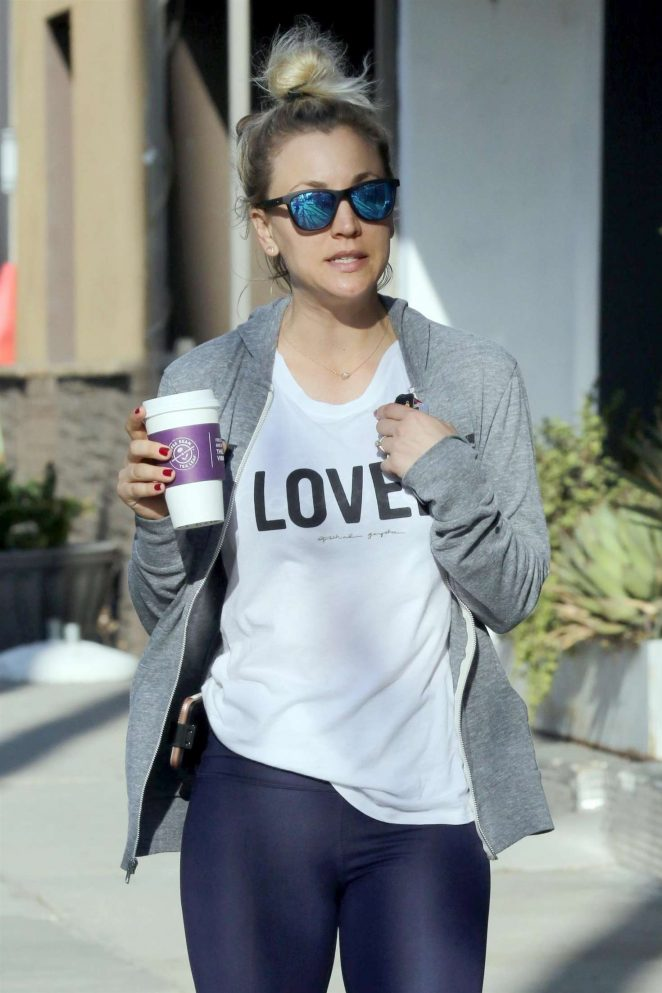 Kaley Cuoco - Leaving the gym with friends in Studio City