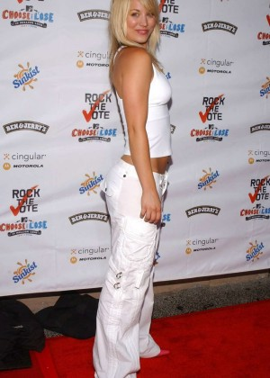 Kaley Cuoco: Rock The Vote National Bus Tour Concert 2004 -01
