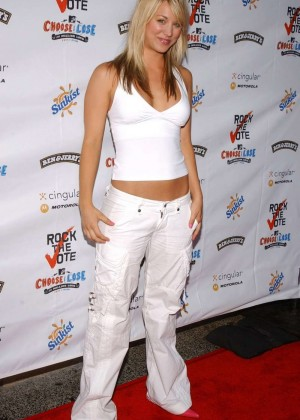 Kaley Cuoco: Rock The Vote National Bus Tour Concert 2004 -03