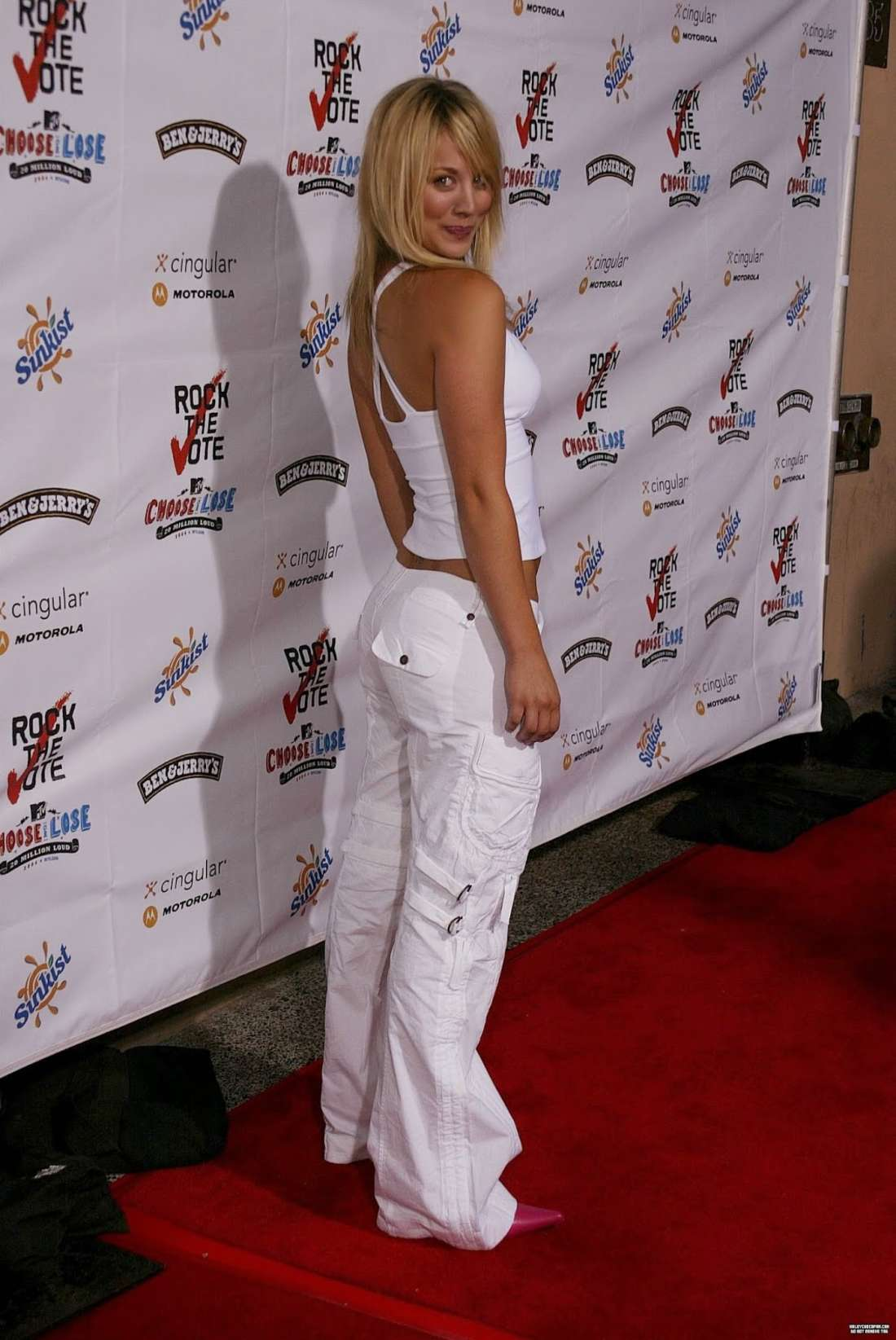 Kaley Cuoco 2016 : Kaley Cuoco: Rock The Vote National Bus Tour Concert 2004 -21