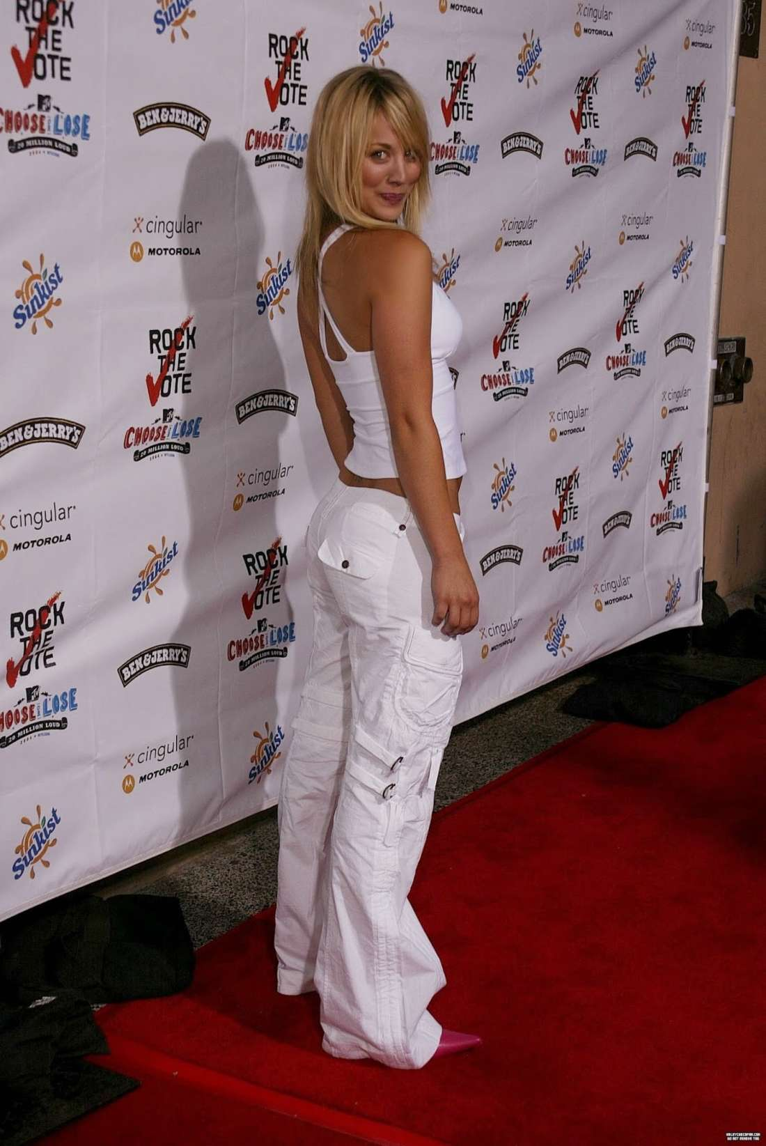 Kaley Cuoco 2016 : Kaley Cuoco: Rock The Vote National Bus Tour Concert 2004 -28