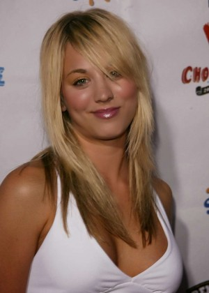 Kaley Cuoco: Rock The Vote National Bus Tour Concert 2004 -38