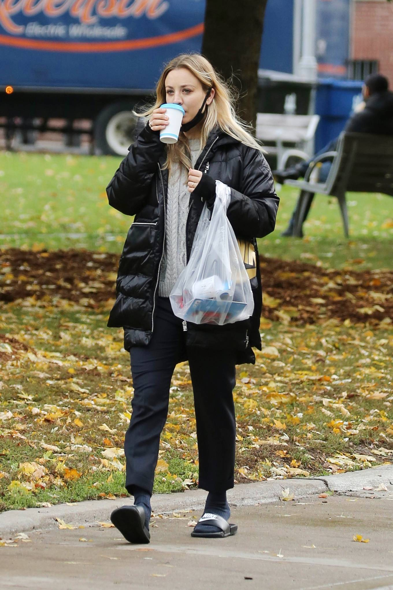 Kaley Cuoco 2020 : Kaley Cuoco – Spotted while out in Toronto-11