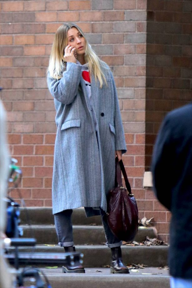 Kaley Cuoco - 'The Flight Attendant' set in New York