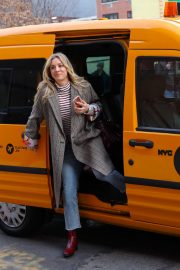 Kaley Cuoco - 'The Flight Attendant' set in NYC