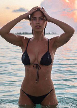Kara Del Toro in Bikini - Social Media Pics