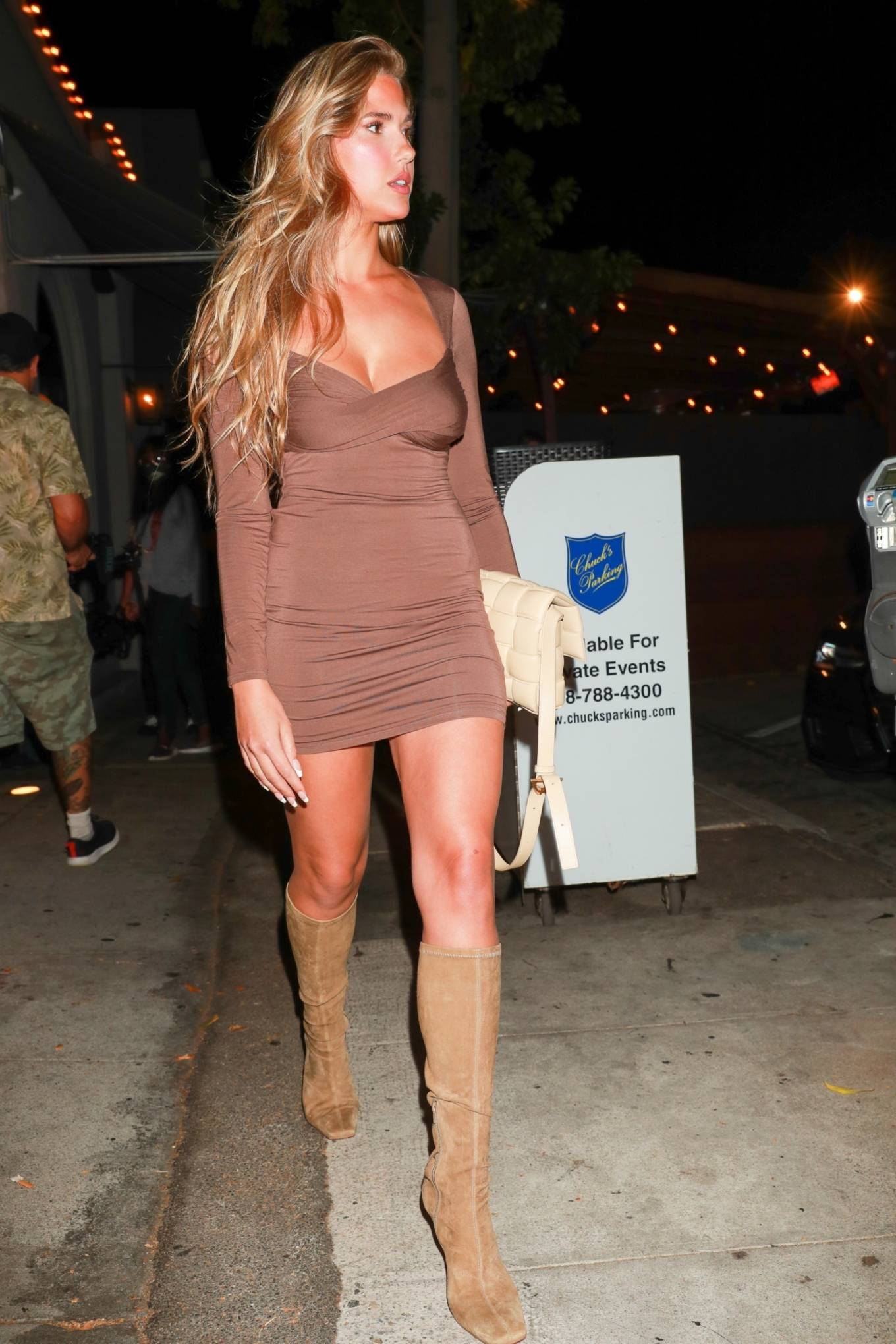 Kara Del Toro - On a dinner with a female friend at Craig's in West Hollywood