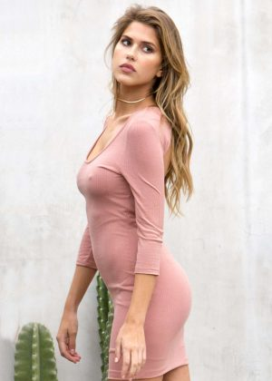 Kara Del Toro - Photoshoot on Melrose Avenue in West Hollywood