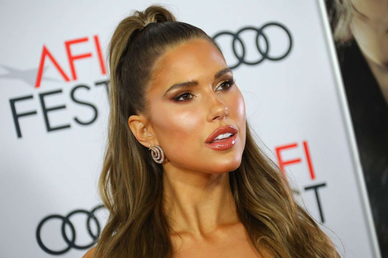 Kara Del Toro 2019 : Kara del Toro – The Aeronauts Screening – AFI Fest in Los Angeles-02