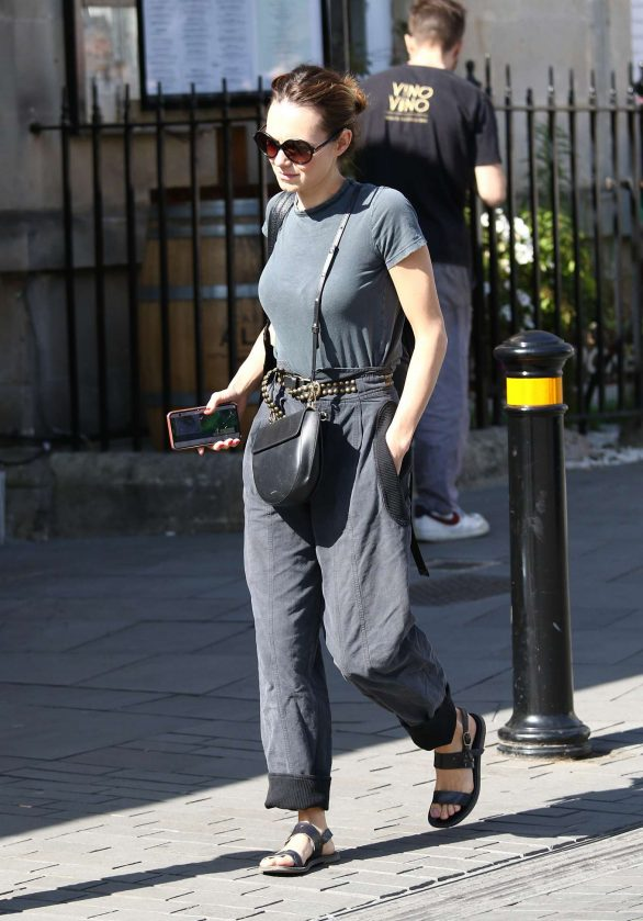Kara Tointon - Arrives to the Theatre Royal in Bath