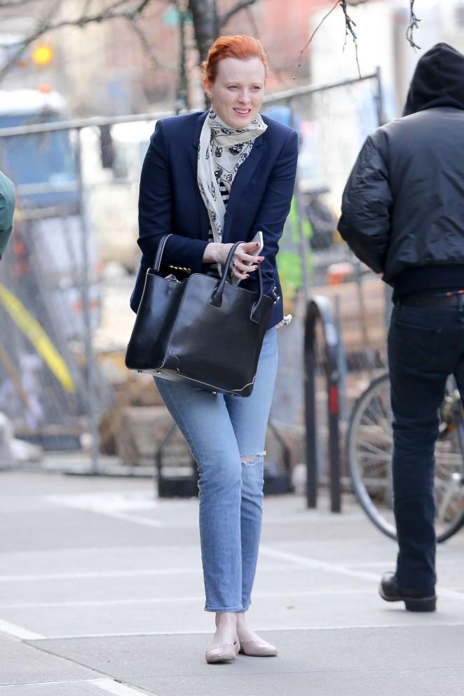 Karen Elson in Jeans -08