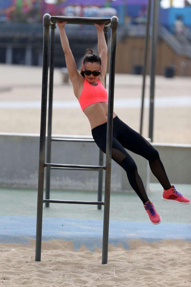 Karina Smirnoff in Leggings workout -05