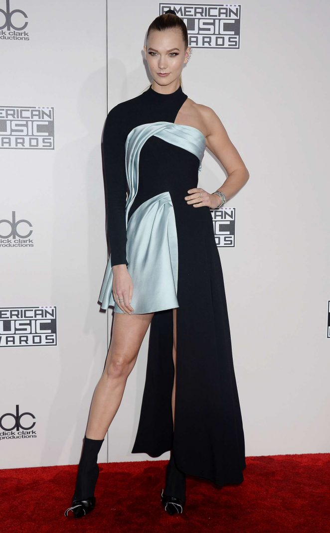 Karlie Kloss: 2016 American Music Awards -09