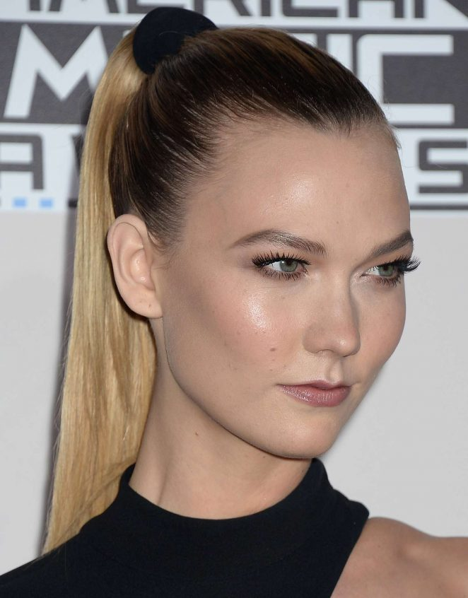 Karlie Kloss: 2016 American Music Awards -23