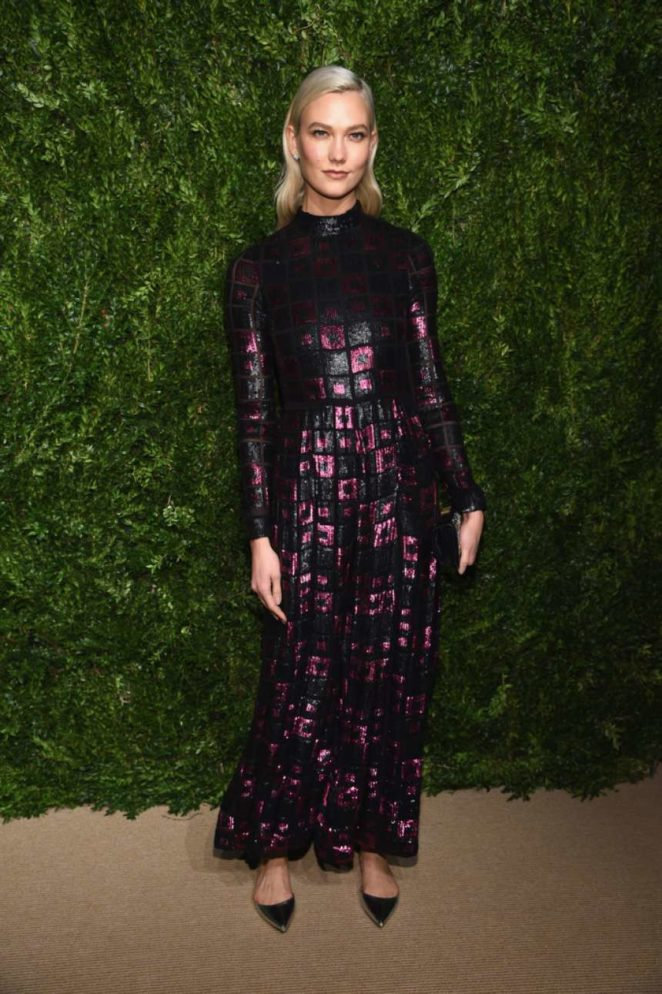 Karlie Kloss – 2017 CFDAVogue Fashion Fund Awards in NYC