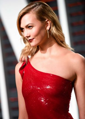 Karlie Kloss - 2017 Vanity Fair Oscar Party in Hollywood