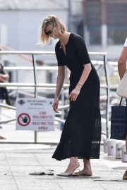 Karlie Kloss and Joshua Kushner - Out in St. Barts