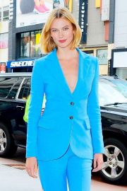 Karlie Kloss - Arrives at Caroline Herrera event at Macy's in NYC