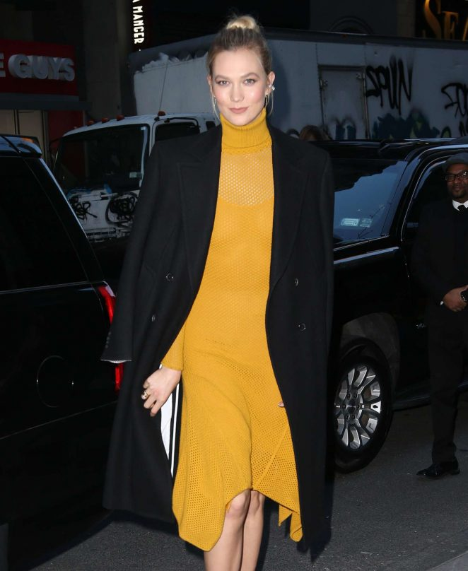 Karlie Kloss - Arrives at The Today Show in NYC