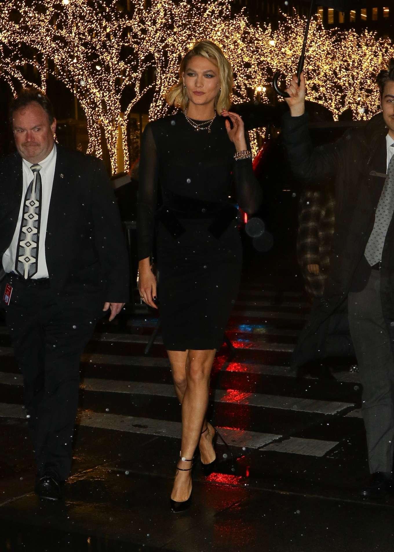 Karlie Kloss 2019 : Karlie Kloss – Arrives at The Tonight Show Starring Jimmy Fallon-02