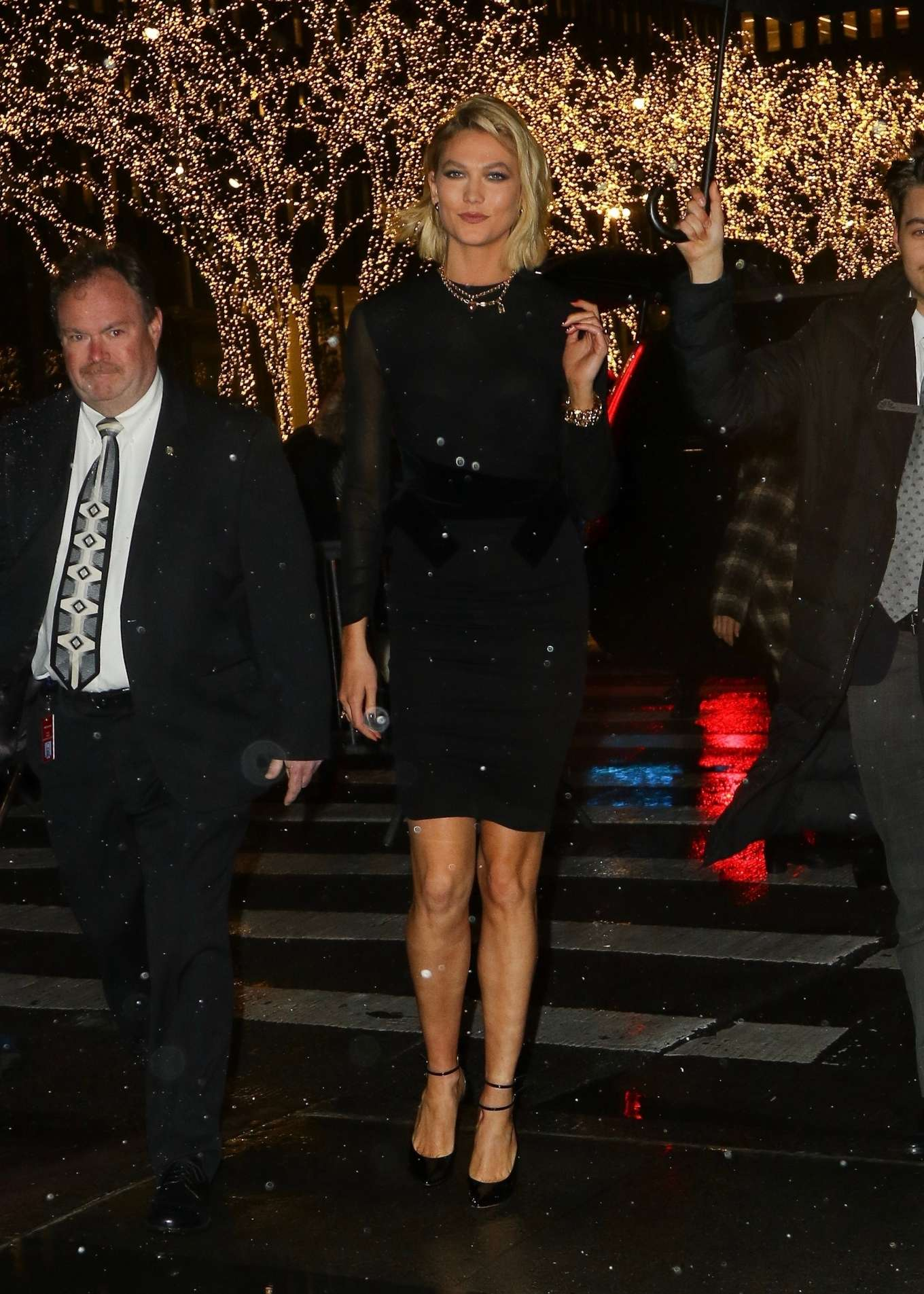 Karlie Kloss – Arrives at The Tonight Show Starring Jimmy Fallon-06