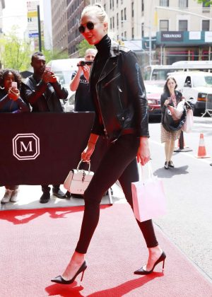 Karlie Kloss - Arrives to Mark Hotel for the MET Gala in NYC