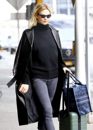 Karlie Kloss - Arriving at JFK Airport in NYC
