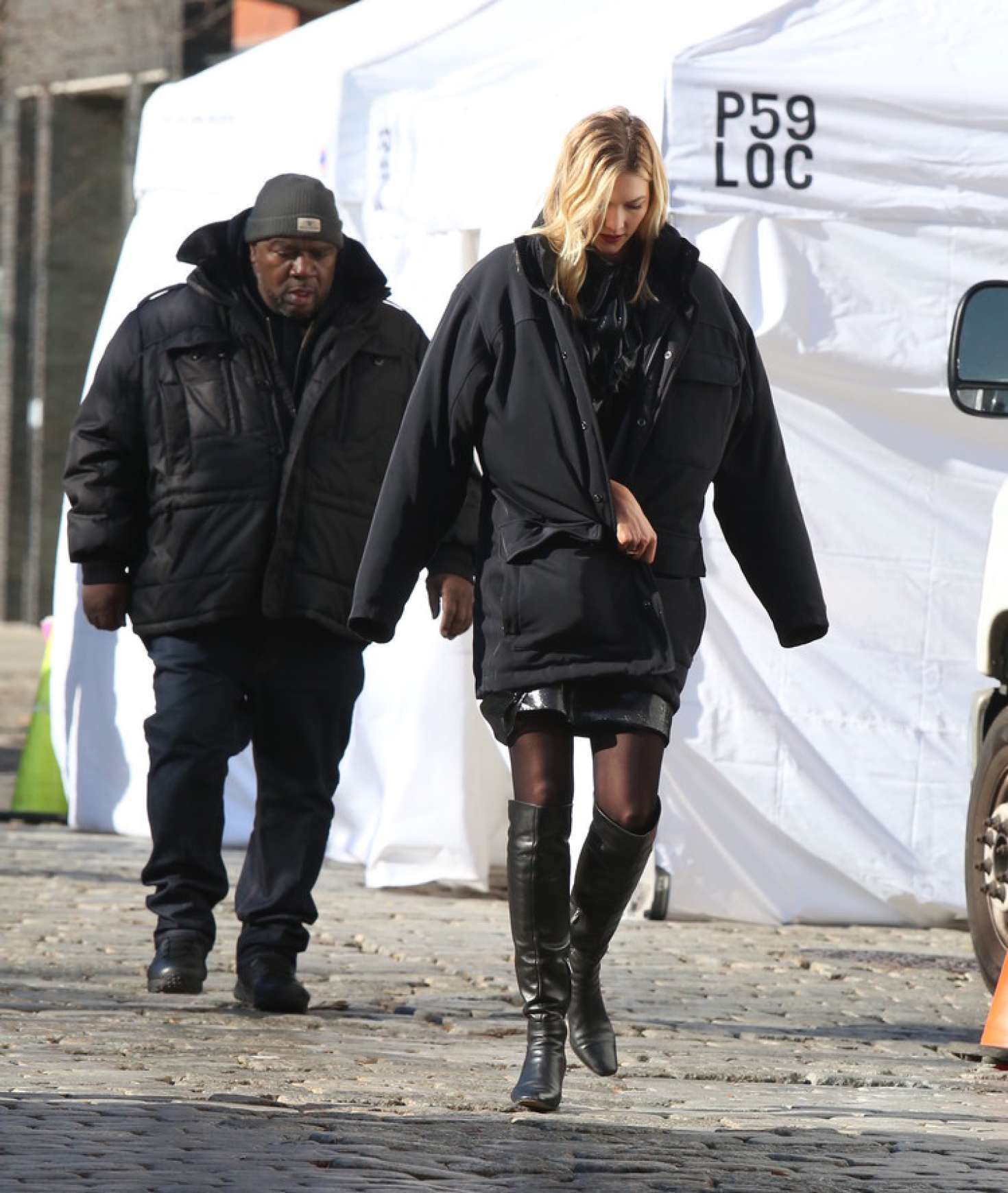 Karlie Kloss 2018 : Karlie Kloss at a photoshoot in New York City -08