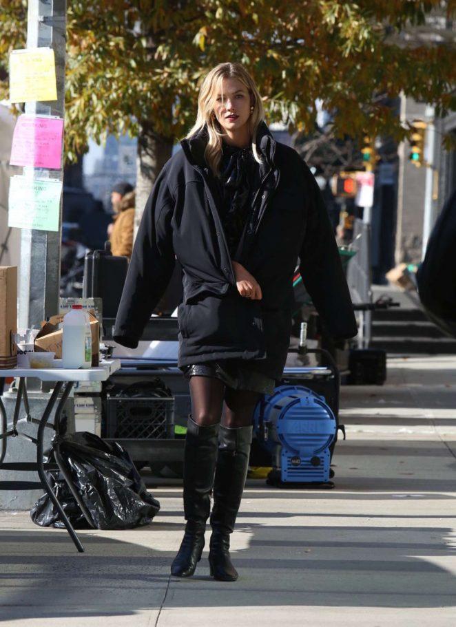 Karlie Kloss 2018 : Karlie Kloss at a photoshoot in New York City -11