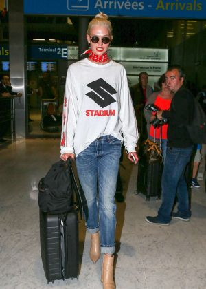 Karlie Kloss at Charles de Gaulle Airport in France