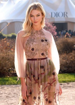 Karlie Kloss - Attends the Christian Dior Haute Couture Show in Paris