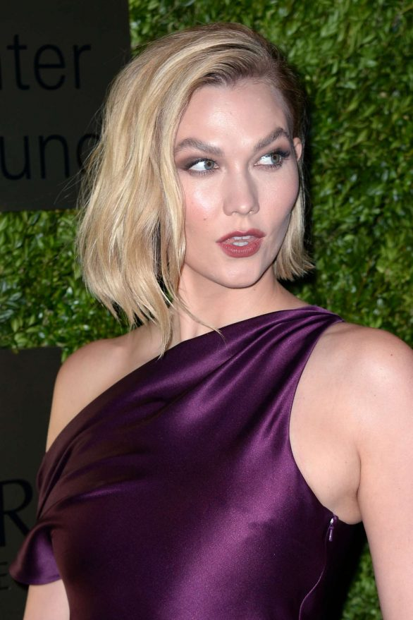 Karlie Kloss 2019 : Karlie Kloss – Attends the Lincoln Center Corporate Fashion Fund Gala-06