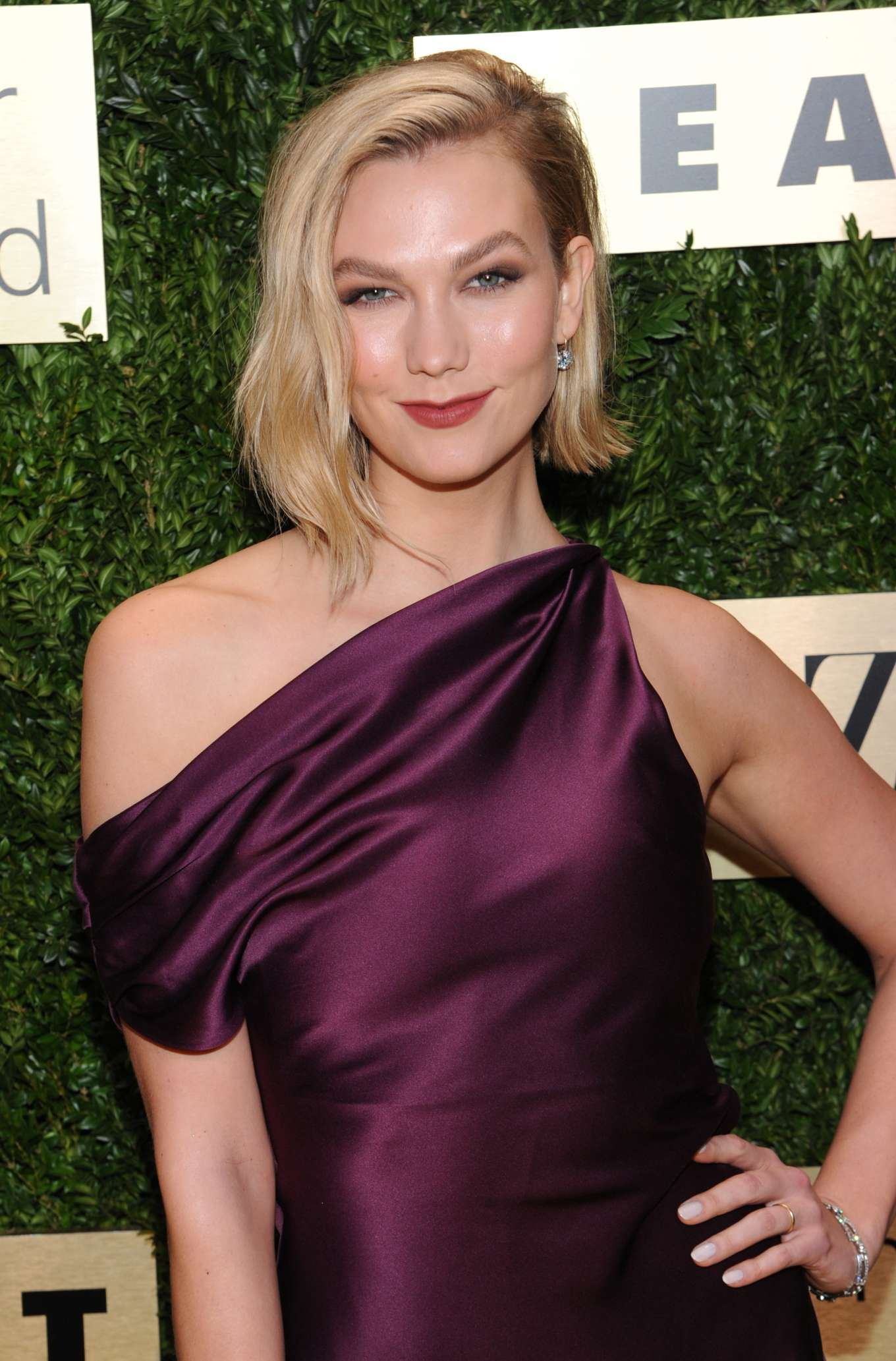 Karlie Kloss 2019 : Karlie Kloss – Attends the Lincoln Center Corporate Fashion Fund Gala-07