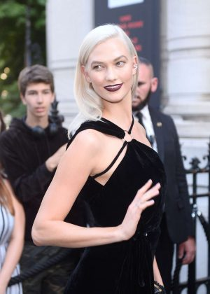 Karlie Kloss - Attends the Vogue Party 2017 in Paris