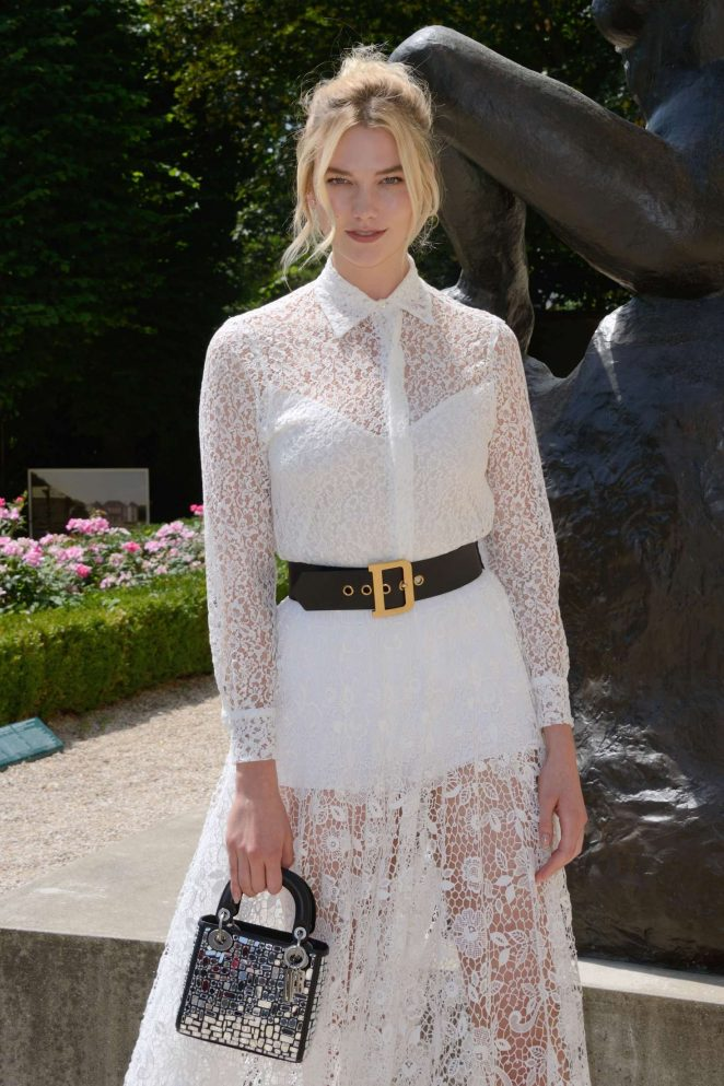 Karlie Kloss – Christian Dior Haute Couture Show 2019 in Paris