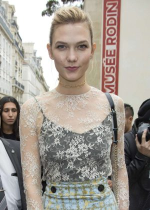 Karlie Kloss - Christian Dior Show SS 2017 in Paris