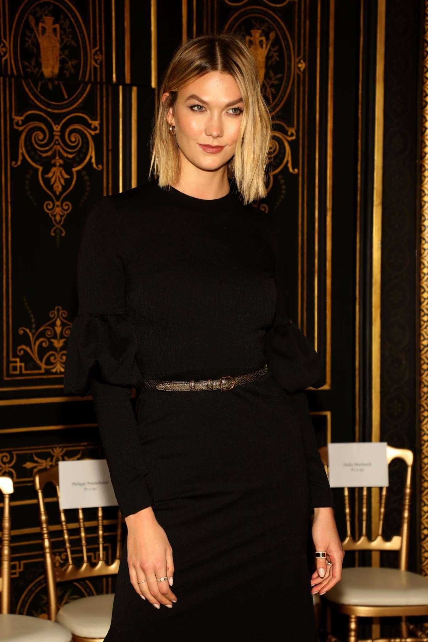 Karlie Kloss - Christian Siriano Womenswear SS 2020 Show at Paris Fashion Week