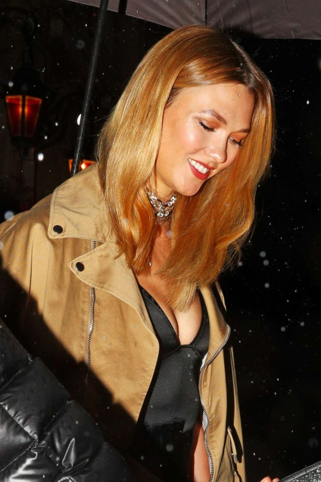 Karlie Kloss - Heads out for dinner in Paris