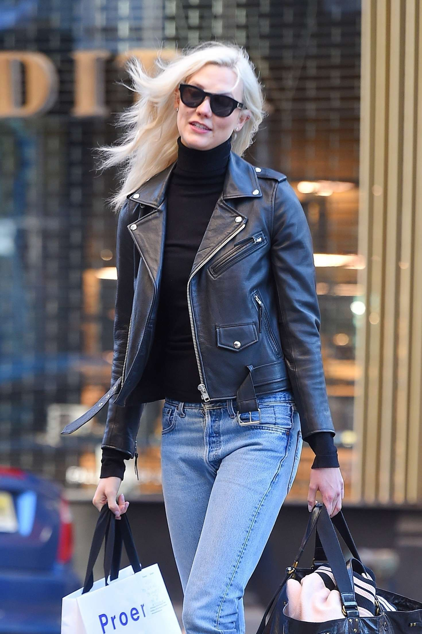 Karlie Kloss - Heads to her office in NYC
