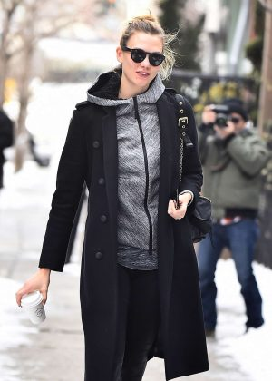 Karlie Kloss hits the gym in NYC