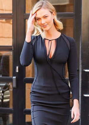 Karlie Kloss in Black Dress - Heads to Jimmy Fallon live show in NYC