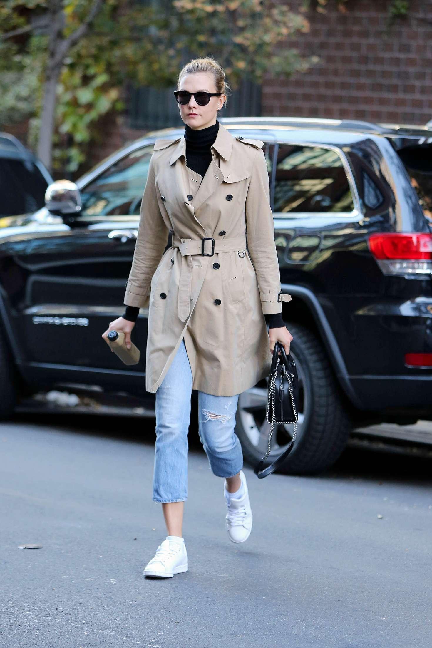 Karlie Kloss 2016 : Karlie Kloss in Jeans and Coat -01