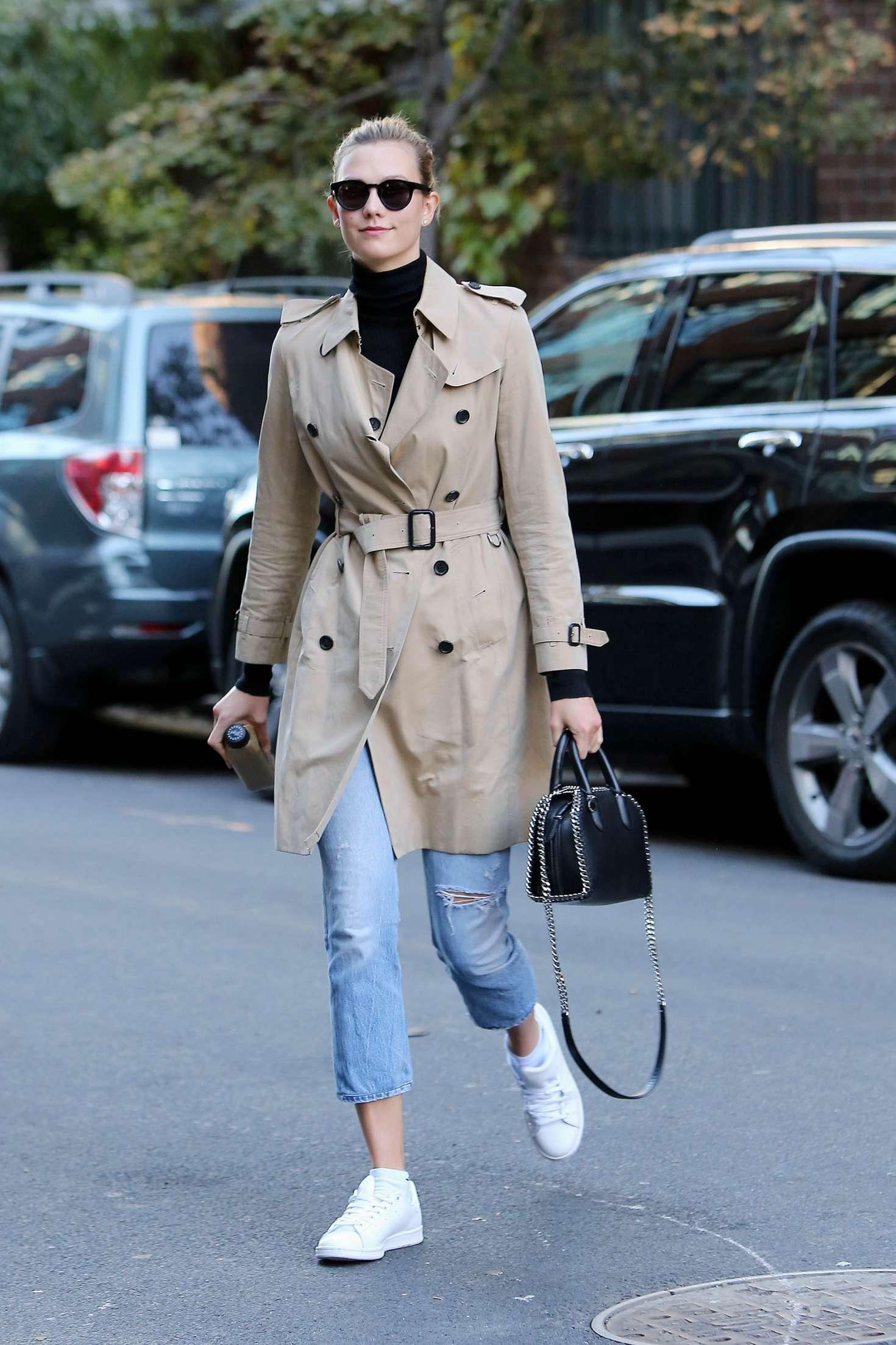 Karlie Kloss 2016 : Karlie Kloss in Jeans and Coat -06